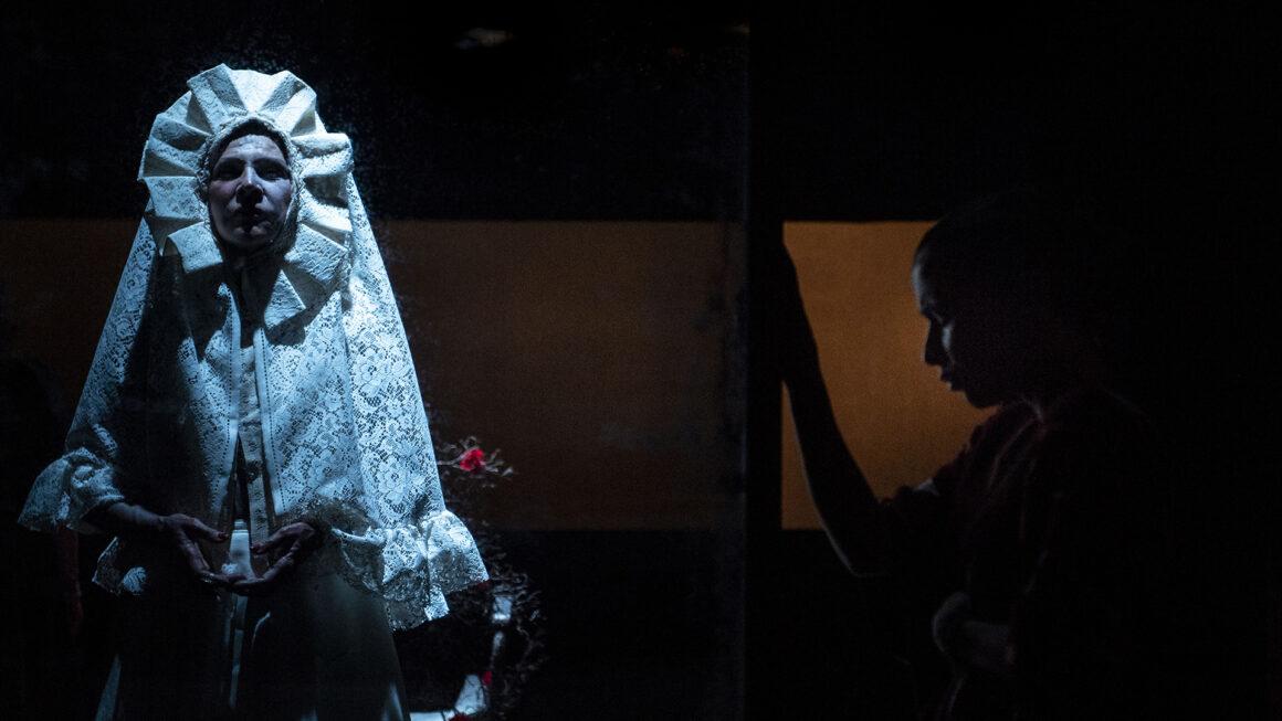 Pamela Villoresi in Viva la vida. Monologo su Frida Kahlo